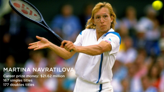 Martina Navratilova holds the Open-era able-bodied tennis record of 74 consecutive wins, set in 1984.