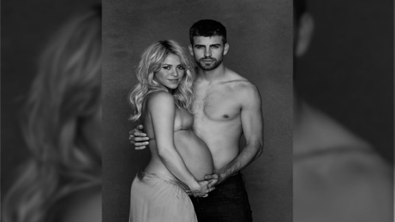 Singer Shakira and soccer star Gerard Pique want well-wishers to give gifts to UNICEF.