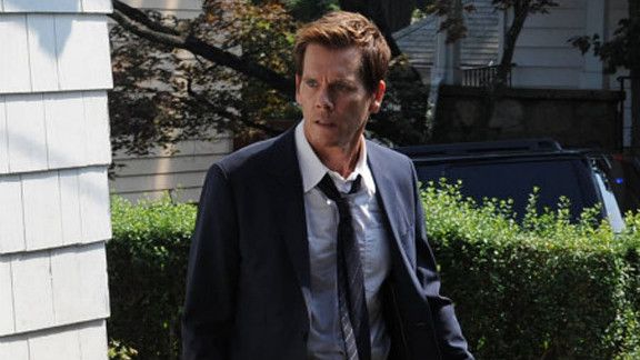 """Fox has renewed Kevin Bacon's """"The Following"""" for a second season."""