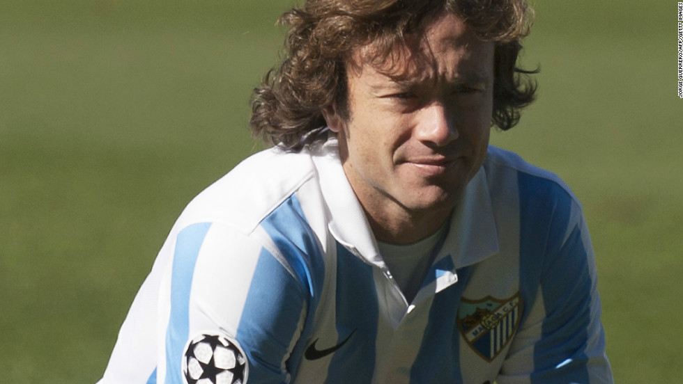 Malaga have signed Uruguayan center-back Diego Lugano from PSG. Great signing for the Spanish side. Solid player at the back and proven leader inside and outside the pitch.