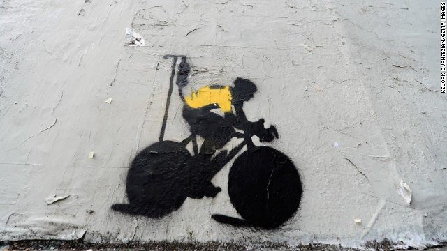 Graffiti skewers Lance Armstrong  for performance-enhancing drug use