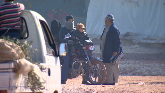 Fleeing the war in Syria by motorcycle
