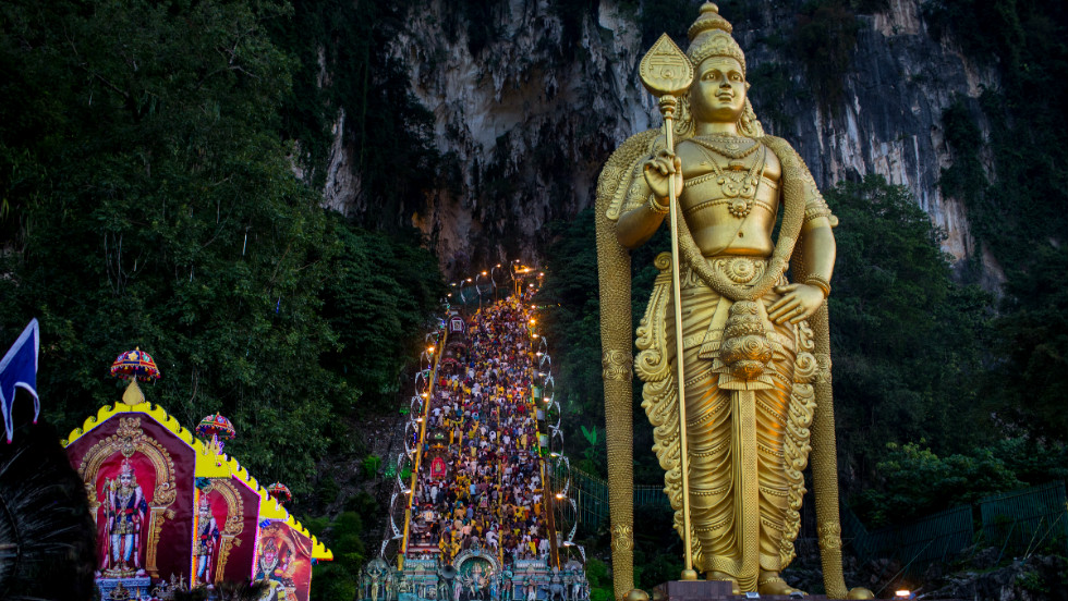 Thaipusam Festival is an annual Hindu festival which commemorates the day when Goddess Pavarthi gave her son Lord Muruga an invincible lance to destroy evil demons. The day is seen being celebrated at the Batu Caves in Kuala Lumpur.