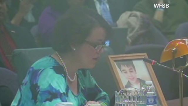Newtown victims' family members testify