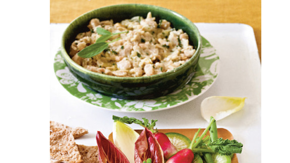 """Mashing cannellini beans with olive oil, garlic and sage creates the same creamy consistency as sour-cream-based dips, for 320 calories. <strong>Try this recipe:</strong> <a href=""""http://www.health.com/health/recipe/0,,10000001918604,00.html"""" target=""""_blank"""" target=""""_blank"""">White bean dip</a>"""