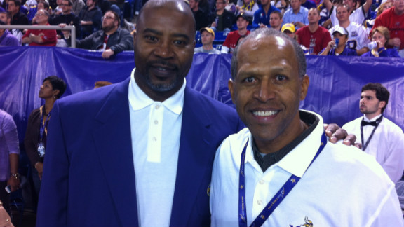Former Vikings player Fred McNeill, left.