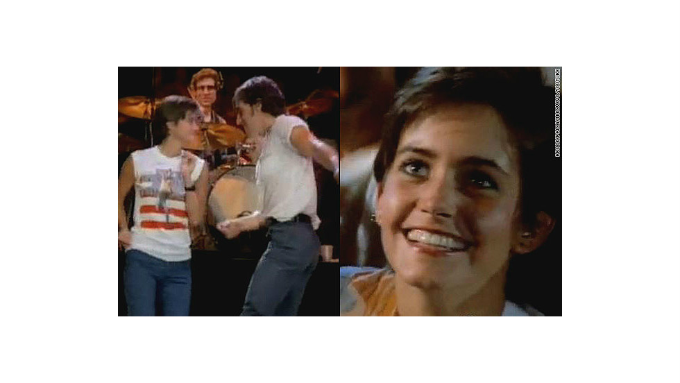 "Remember the young woman the Boss dances with in the 1984 music video for <a href=""http://www.youtube.com/watch?v=129kuDCQtHs&t=2m31s"" target=""_blank"">""Dancing in the Dark?""</a> That's a pre-""Cougar Town""/""Friends""/""Family Ties"" Courteney Cox."