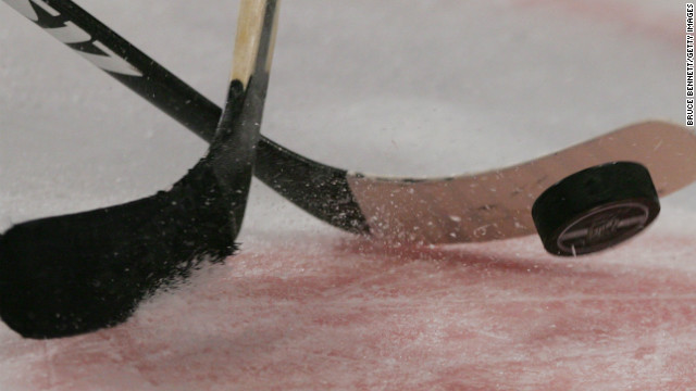 Potential indoor indoor sporting event, CDC says, after most Florida hockey players infected with Covid-19