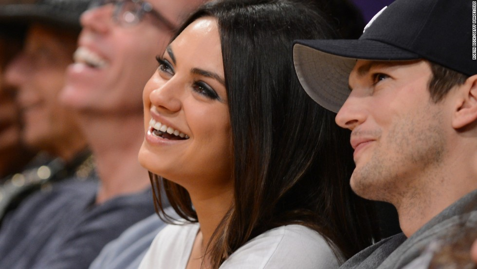 Ashton kutcher and mila kunis began dating