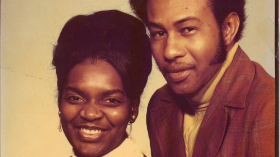 Tenisha Bell's mother and father Velma and Ezekiel Taylor. Bell's father was shot and killed in Chicago when she was 5.