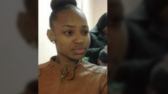 Porshe Foster, 15, got caught in gang crossfire in Chicago in November.