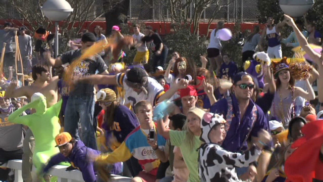 la wbrz lsu flash mob_00002321.jpg