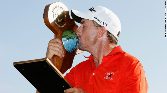 South Africa's Darren Fichardt survived a late scare to claim a two-shot win on home soil Sunday.