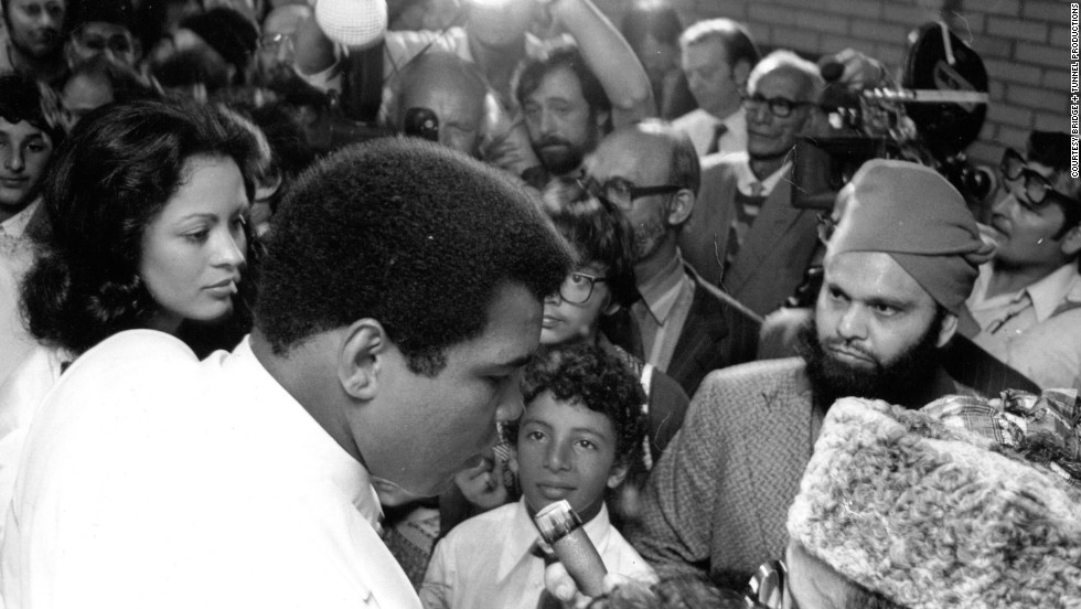 Muhammad Ali and wife Veronica visited South Shields, England in 1977 and had their marriage blessed in the local mosque. The day is still fondly remembered by the town's Yemeni community, one of the UK's oldest Muslim populations.