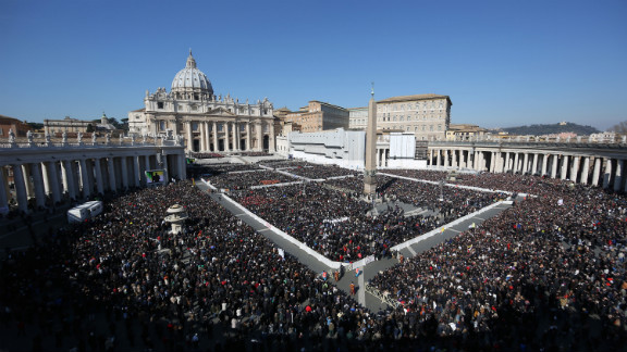 The faithful fill St. Peter