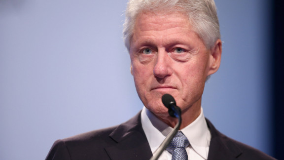 Bill Clinton delivers the closing remarks at the International AIDS Conference on July 27, 2012.