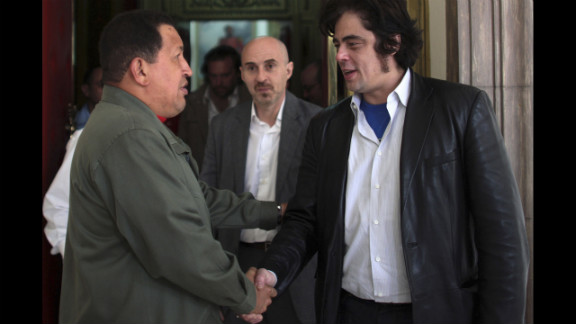 """After attending the premiere of his film """"Che,"""" actor Benicio del Toro meets with Chavez at the Miraflores palace on March 4, 2009."""