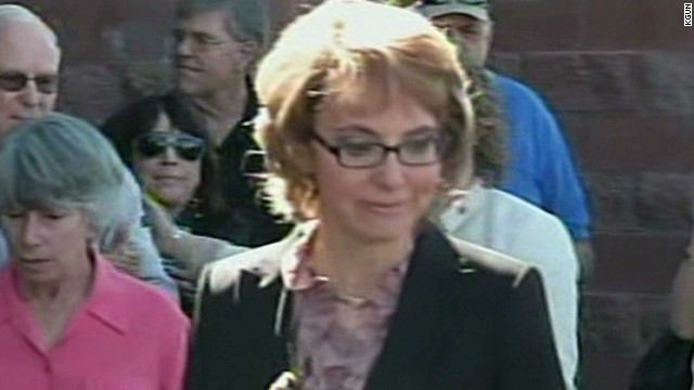 Gabby Giffords visits place she was shot