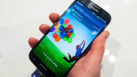 Users of the Samsung Galaxy IV will be able to scroll by tilting the phone back and forth.