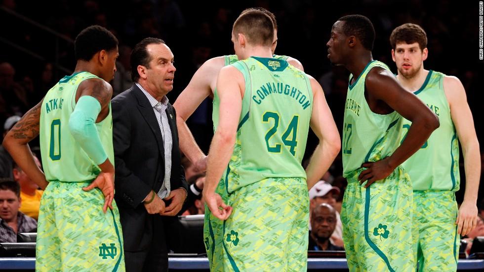 pretty nice ec0d7 5b341 Photos: Ugly sports uniforms - CNN