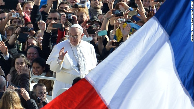 Pope Francis arrives in the papamobile on St Peter's square for his inauguration mass on March 19, 2013 at the Vatican.