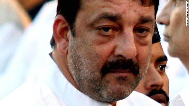 Indian Bollywood film actor Sanjay Dutt attends the funeral of Hindu nationalist Shiv Sena party leader Bal Thackeray at Shivaji Park Garden in Mumbai on November 18, 2012.