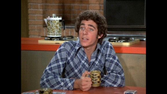 """Playing Greg Brady, the good-looking and athletic oldest brother of """"The Brady Brunch,"""" primed Barry Williams for teen idol status in the"""