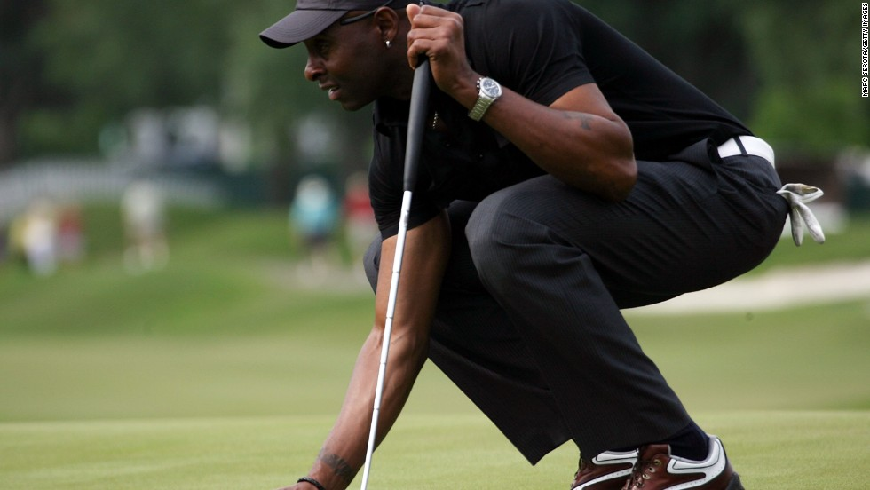 Three-time Super Bowl winner Jerry Rice (pictured) played on the second-tier U.S. Nationwide Tour in 2010, but missed the cut in his only appearance. The most successful NFL player in golf is John Brodie, who competed in the U.S. Open in 1959 and 1981, and won one title on the Senior PGA Tour in 1991.