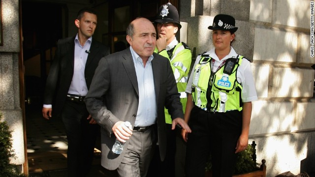 Boris Berezovsky leaves a press conference in London on July 18, 2007.