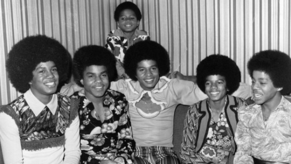 """The brothers who composed the Jackson 5 -- from left, Jermaine, Tito, Jackie, Michael and Marlon, here in 1972 with brother Randy in the background -- sparked an intense fandom with hits like """"I"""