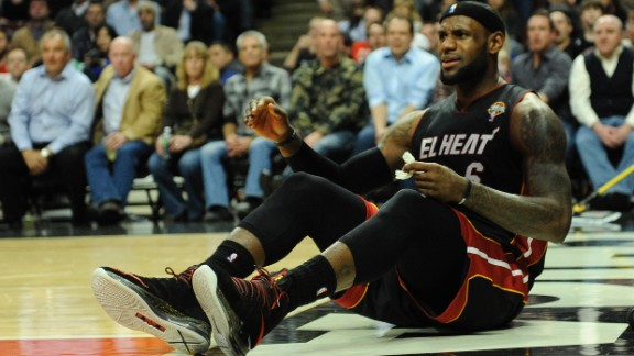 LeBron James and the Miami Heat saw their winning streak end at 27 games with at 101-97 loss to the Chicago Bulls on Wednesday. They were six games short of the NBA record. Check out these other streaks of significance.