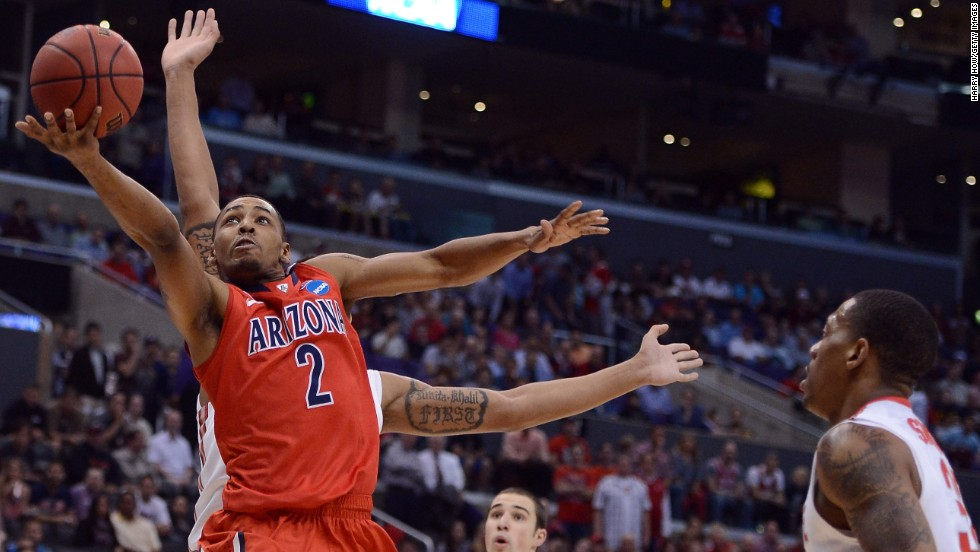 Mark Lyons of Arizona goes up for a shot on March 28.
