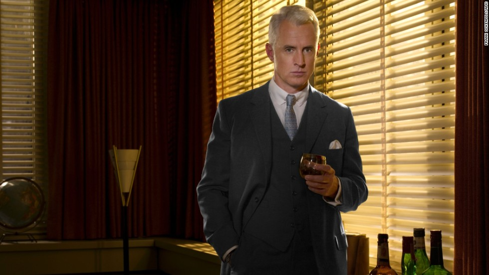 John Slattery plays Roger Sterling, here in season 2, set in the year 1962. Sterling's father co-founded the agency Sterling Cooper.