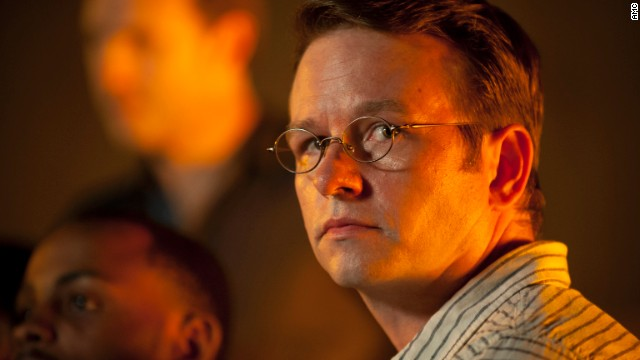 Before Sunday night, Dallas Roberts says he only told a few people about his character's fate.