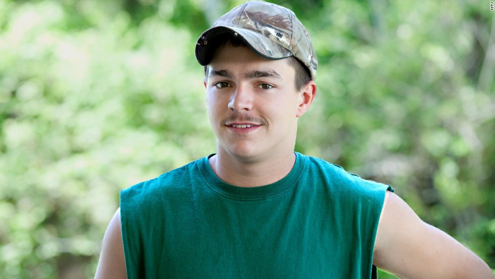 "Shain Gandee of MTV's ""Buckwild"" was <a href=""http://www.cnn.com/2013/04/01/showbiz/buckwild-star-death/index.html?hpt=en_c2"">found dead </a>in April 2013 in Kanawha County, West Virginia, authorities said. The body of Gandee, 21, was discovered in a vehicle along with the bodies of his uncle, David Dwight Gandee, 48, and Donald Robert Myers, 27. It was later reported that the cause of death was accidental <a href=""http://www.cnn.com/2013/04/02/showbiz/buckwild-star-death/index.html"">carbon monoxide poisoning.</a>"