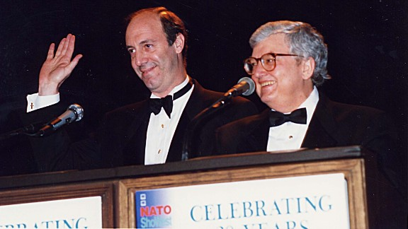 """Siskel, left, and Ebert in 1994. The pair co-hosted the review television show """"Siskel and Ebert At The Movies"""" until Siskel"""