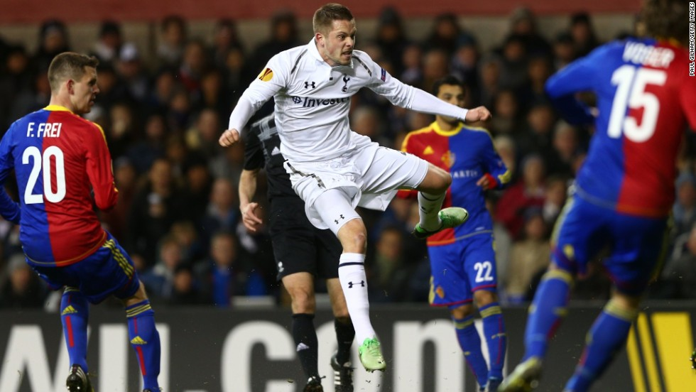 Tottenham midfielder Gylfin Sigurdsson leveled with a deflected effort on 58 minutes as the home side roared back into the contest.