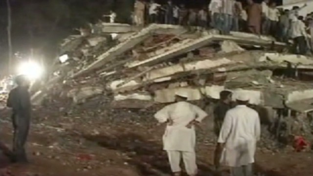 Many killed in India building collapse