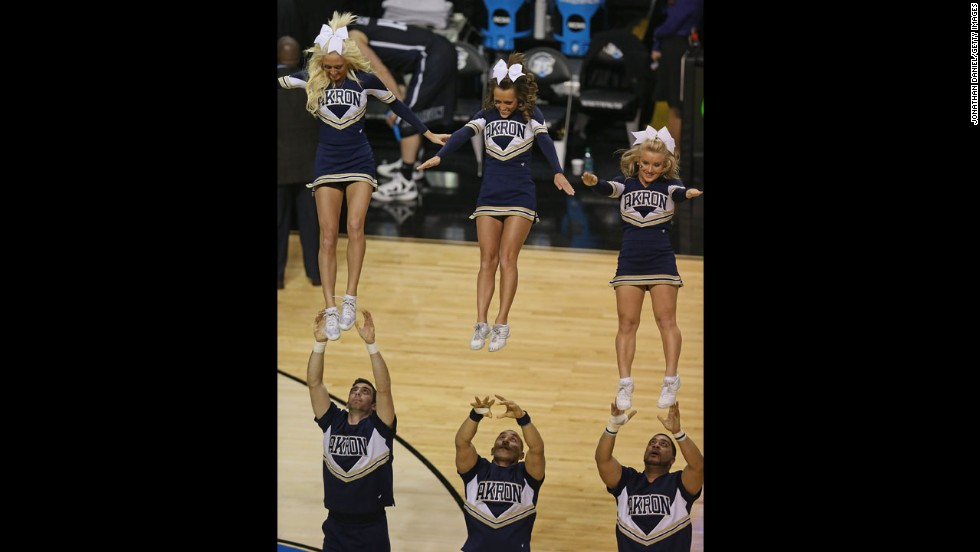 Cheerleaders for the Akron Zips perform on March 21 in Auburn Hills, Michigan.