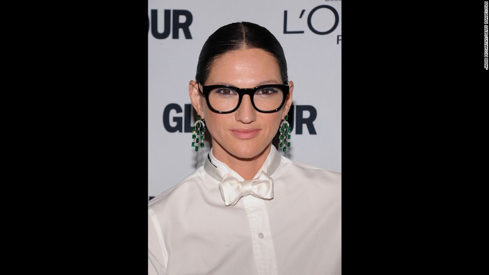 "Jenna Lyons is credited with giving tomboy style mass appeal as president of J. Crew and<a href=""http://www.nytimes.com/slideshow/2013/01/20/fashion/20130120-JENNA.html"" target=""_blank""> through her own style choices</a>. Whether she's on the red carpet or at a runway show, she knows how to dress up boyfriend shirts with printed pants or a silk skirt."