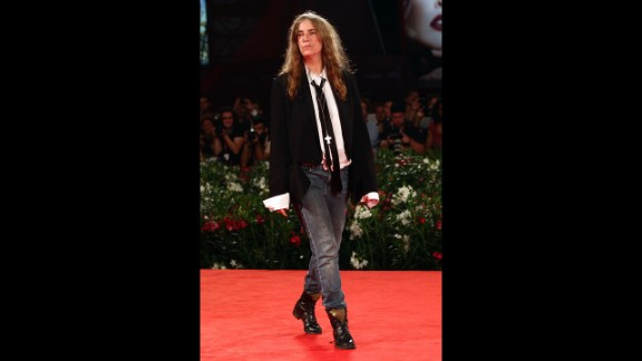 Musician Patti Smith also belongs to the canon of quintessential tomboys in style and substance. Before breaking into New York