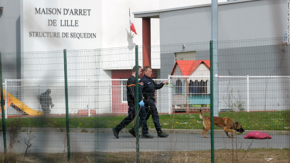 Daring Escape From French Prison