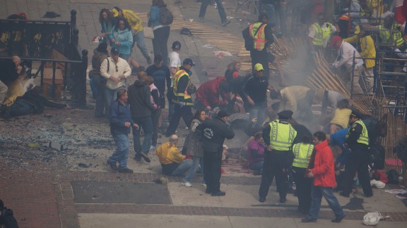People help the injured.