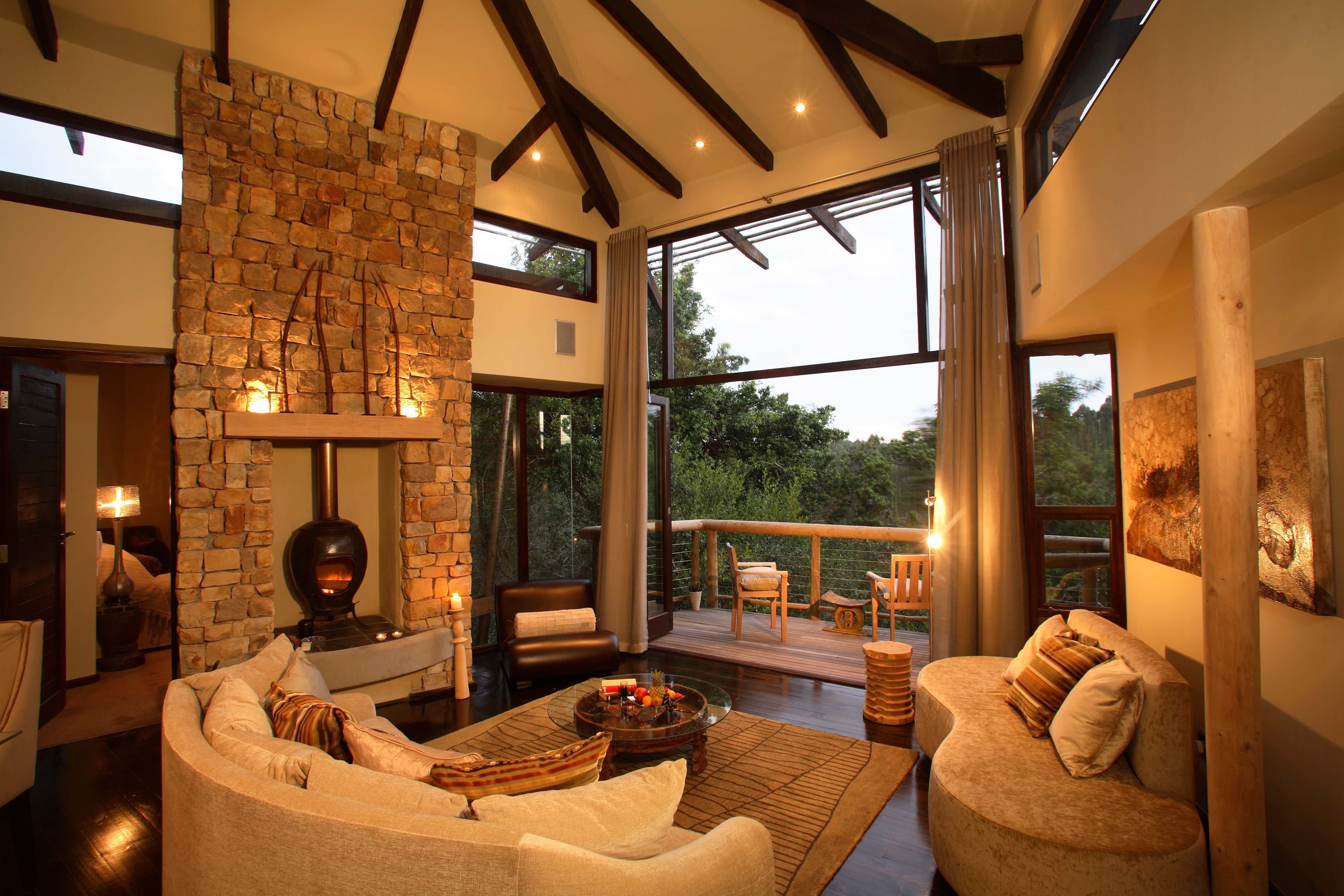 7 Luxurious Tree House Hotels