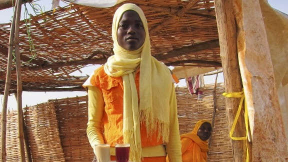 The traditional Sudanese clothing is the toub -- many meters of cloth that's wrapped around the body and head.