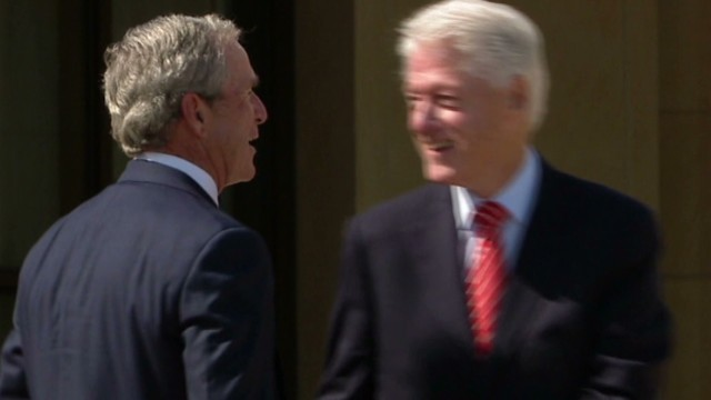 clinton.library.bush.jokes_00035607.jpg