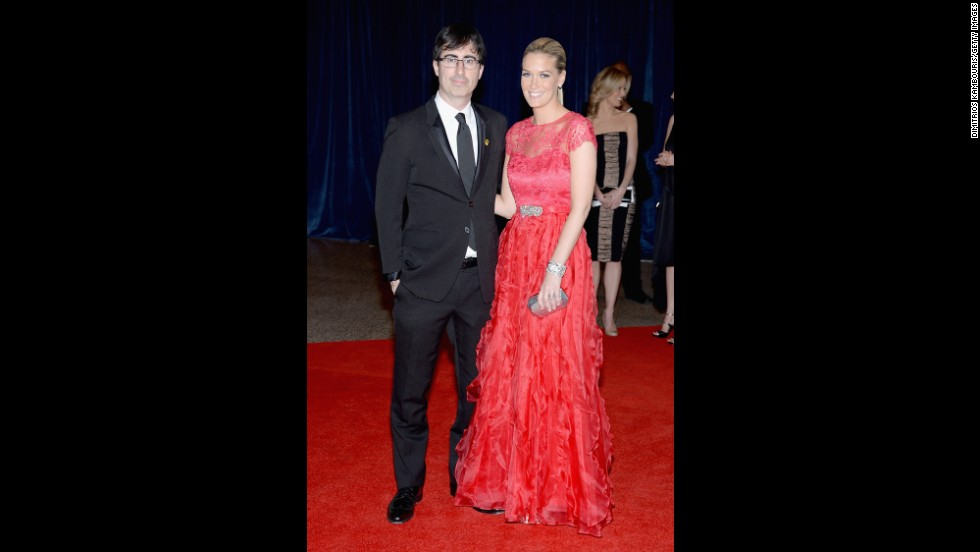 "John Oliver, from ""The Daily Show,"" and  his wife Kate arrive."