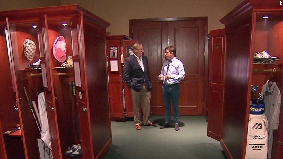 Hall of Fame chief operating offer Jack Peter shows CNN Living Golf's Shane O'Donoghue the Hall of Fame locker room.