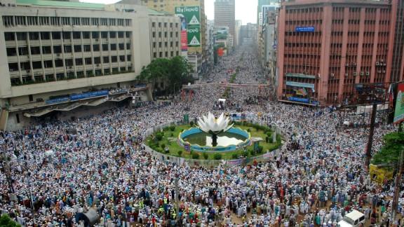 Hefazat-e-Islami activists attend a rally on May 5.