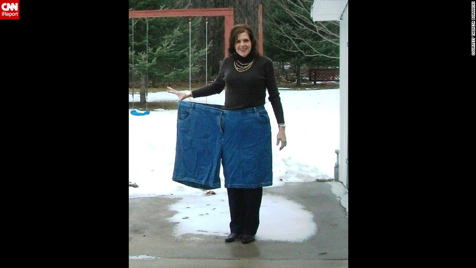 In March 2011, Borawski gave up soda and sweets and restricted her diet to 1,000 calories a day. Since then, she's lost more than 275 pounds.
